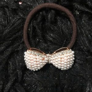 Other - Blingy pearl bow on a hair tie